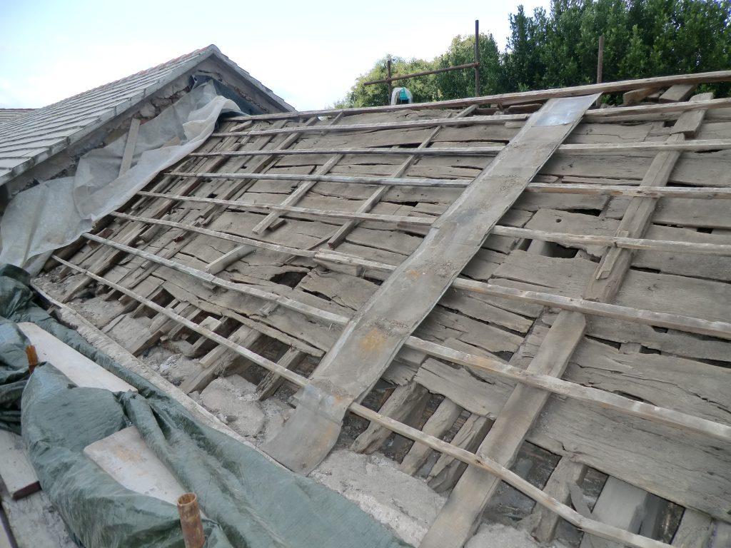 Restauro conservativo tetto abbadini prima